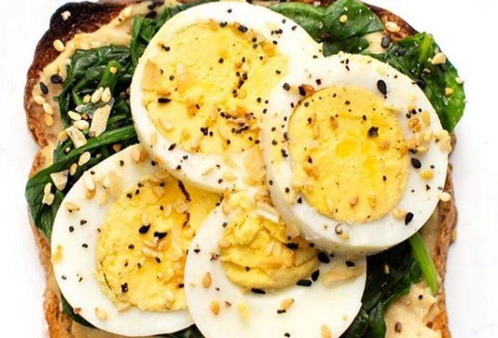 Hardboiled Egg and Whole Grain Toast